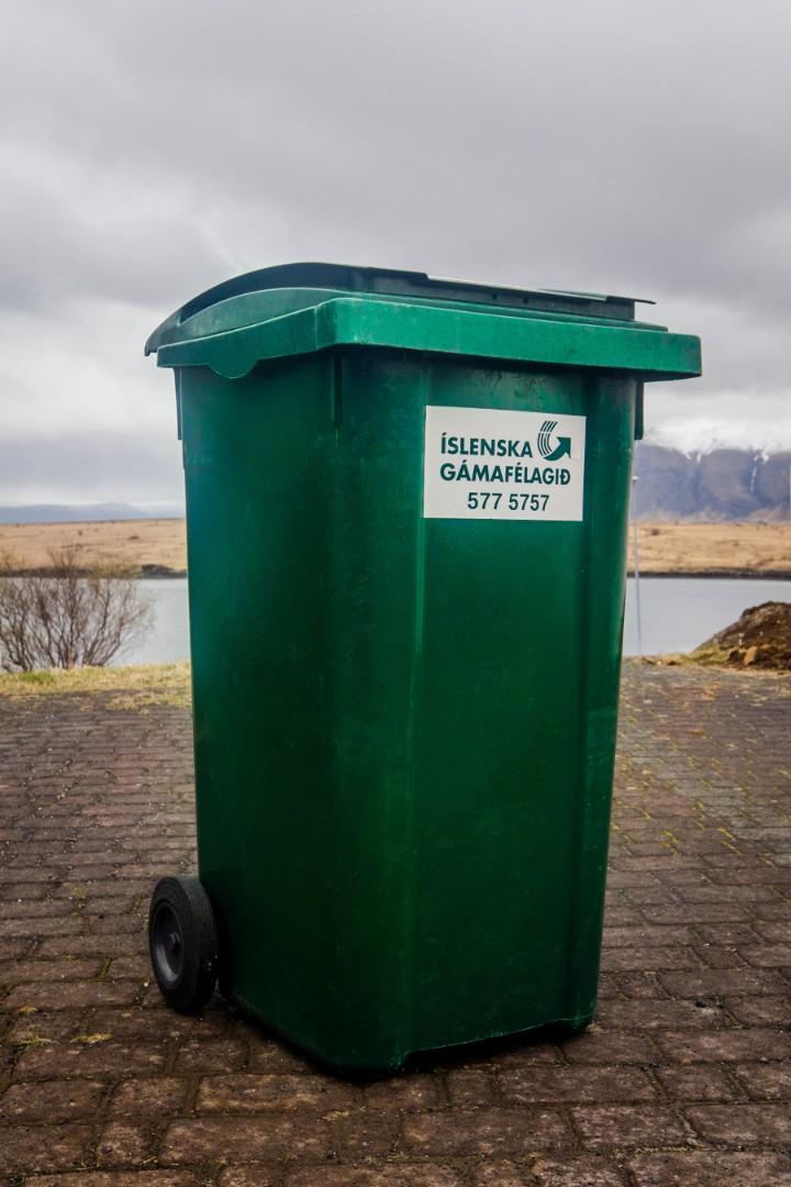 240 ltr tunna Íslenska Gámafélagið